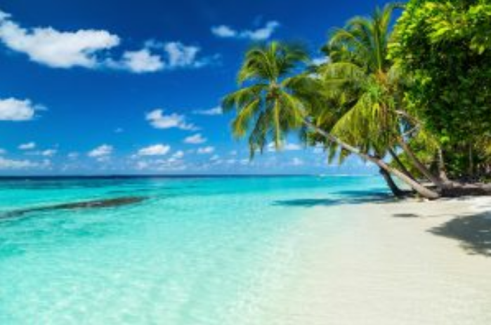 5 Tempat Mirip Maldives yang Ada di Indonesia