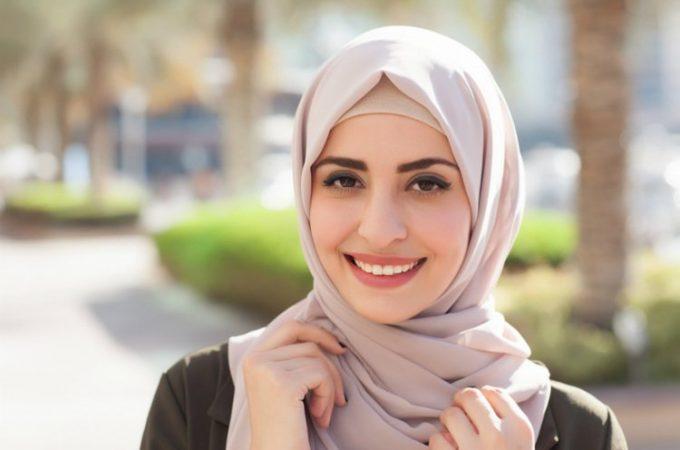 hijab sesuai dengan bentuk wajah