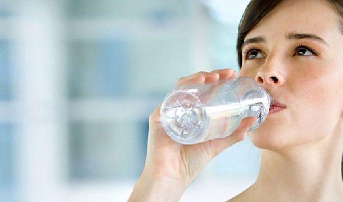 Inilah Beragam Manfaat Minum Air Hangat yang Akan Kamu Dapatkan